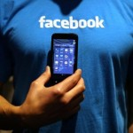 Facebook Home features spread to iPhones